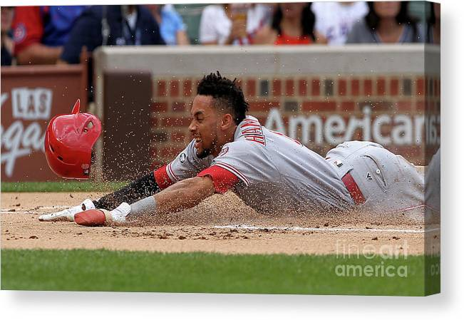 Three Quarter Length Canvas Print featuring the photograph Billy Hamilton by Dylan Buell