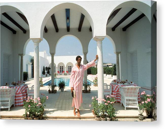 Arch Canvas Print featuring the photograph Villa In Sotogrande by Slim Aarons