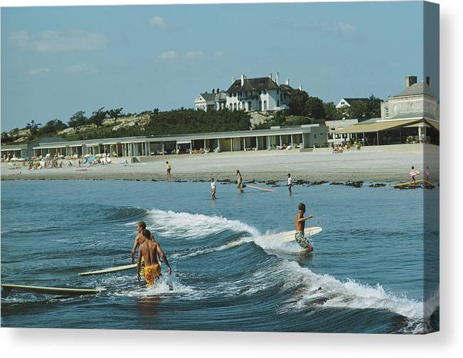 Lifestyles Canvas Print featuring the photograph Rhode Island Surfers by Slim Aarons