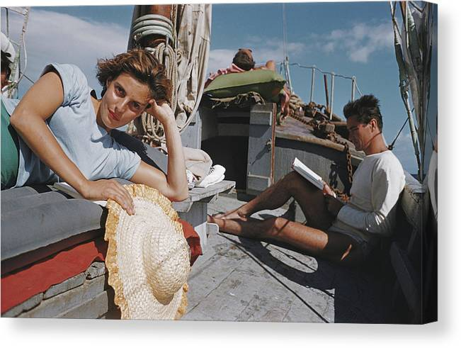 Straw Hat Canvas Print featuring the photograph Capri Cruise by Slim Aarons