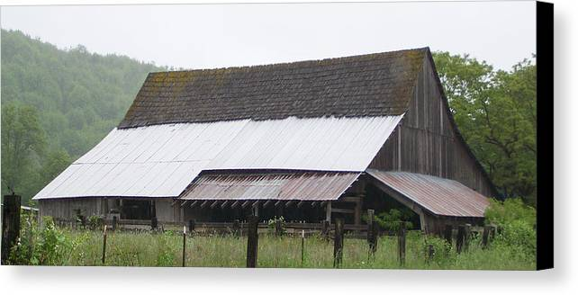 Old Canvas Print featuring the photograph Old Big Barn Washington State by Laurie Kidd