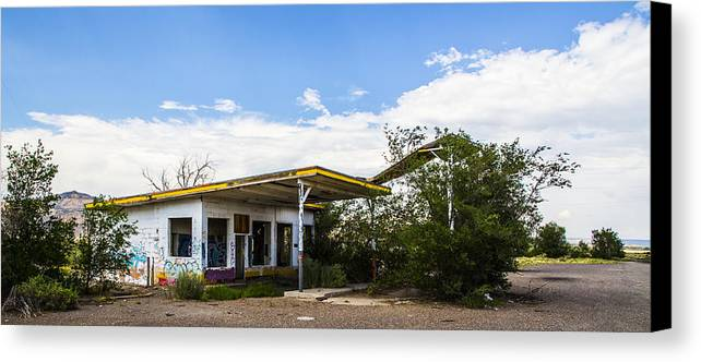 Route 66 Canvas Print featuring the photograph Service Station 2 by Angus Hooper Iii