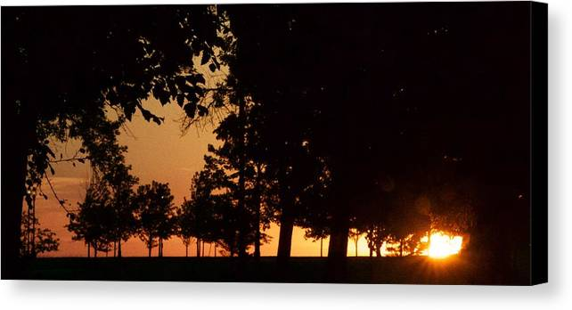 Sunrise Canvas Print featuring the photograph Warm Sunrise by Tiffany Erdman