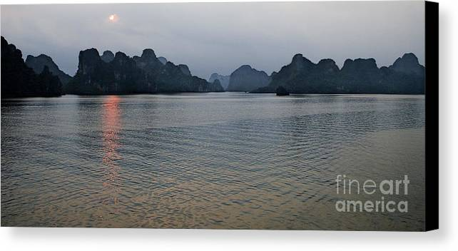 Hu Long Bay Canvas Print featuring the photograph Hu Long Bay  #0705 by J L Woody Wooden