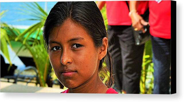 Portrait Canvas Print featuring the photograph Roatan People by Gianni Bussu