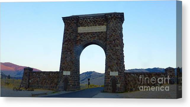 Gardiner Canvas Print featuring the photograph Yellowstone Roosevelt Arch by Sue Karski