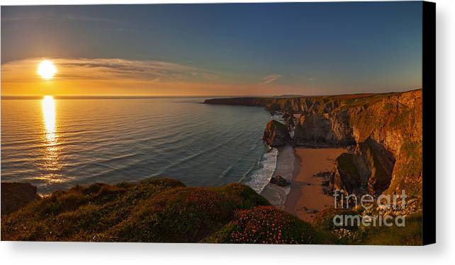 Evening Canvas Print featuring the photograph Cornwall by Silvio Schoisswohl