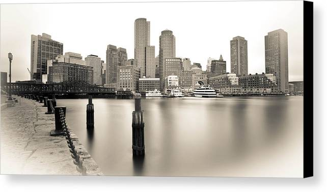 Rowes Wharf Canvas Print featuring the photograph Rowes Wharf Bw by Paul Treseler