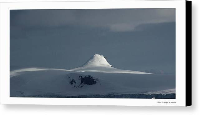 Landscape Canvas Print featuring the photograph Play Of Light In Antartica by Kedar Munshi