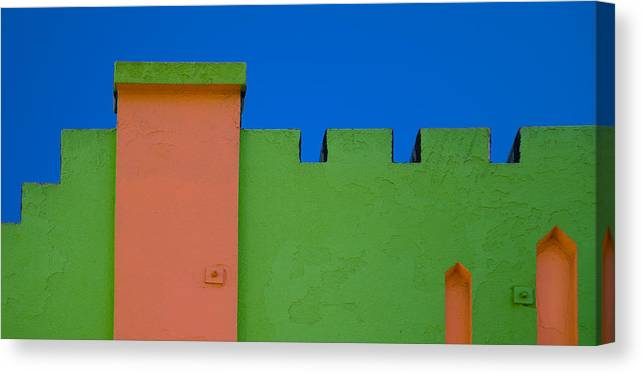 Dcsi Canvas Print featuring the photograph Crenellated Roof by David Smith