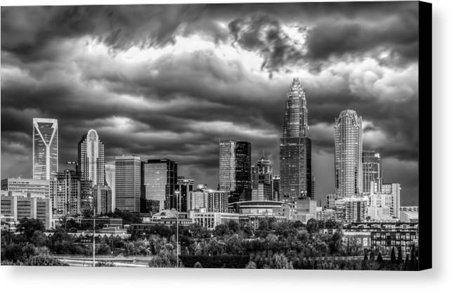 Charlotte Canvas Print featuring the photograph Ominous Charlotte Sky by Chris Austin