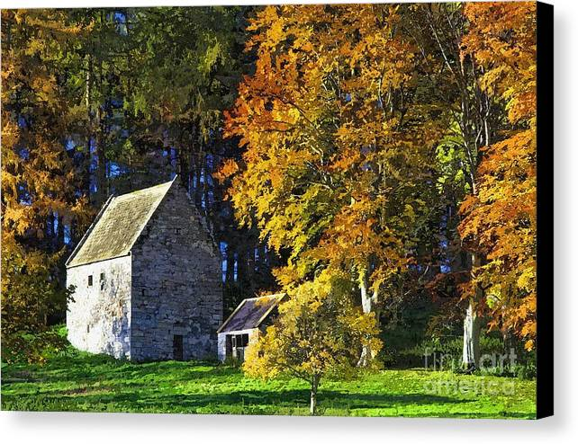 Woodhouses Bastle Canvas Print featuring the photograph Woodhouses Bastle Northumberland - Photo Art by Les Bell