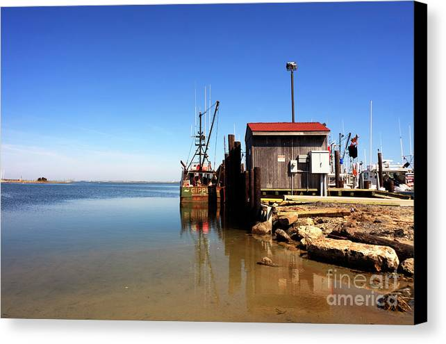 Long Beach Island Bay Canvas Print featuring the photograph Long Beach Island Bay by John Rizzuto