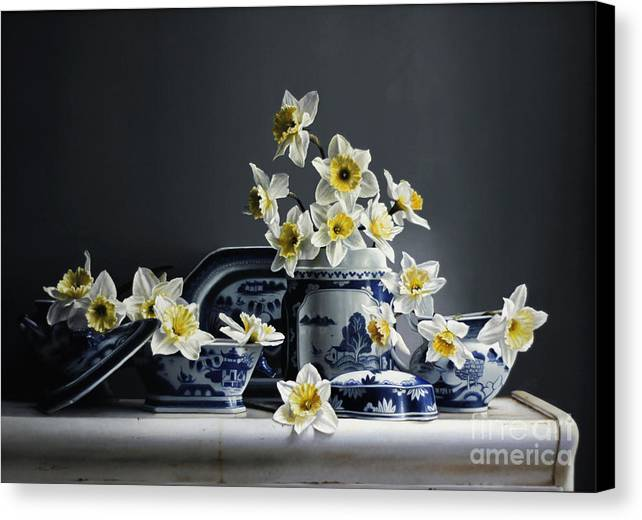China Canvas Print featuring the painting Canton With Daffodils by Lawrence Preston