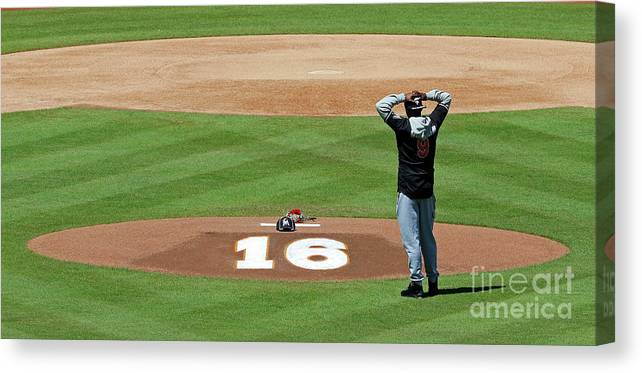 People Canvas Print featuring the photograph Dee Gordon by Joe Skipper