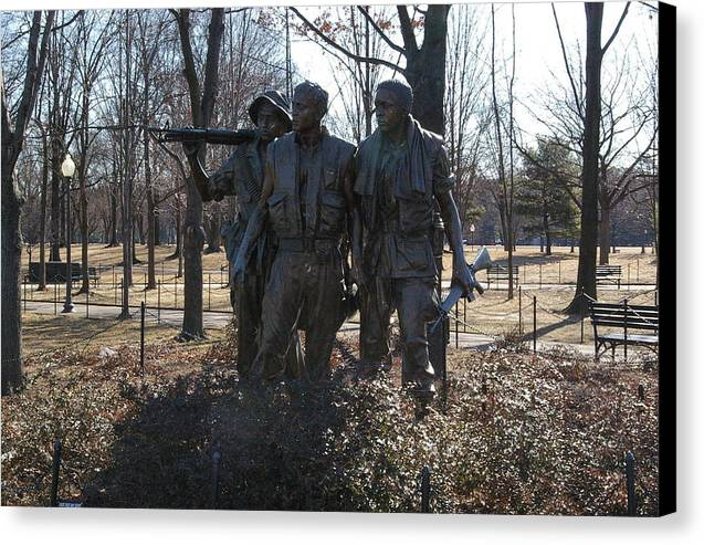 Statue Canvas Print featuring the photograph Statues Of War by Veron Miller