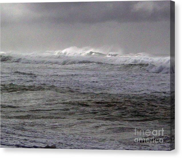 Seascape Canvas Print featuring the photograph North Beach Winter Outside Break by Paul Miller