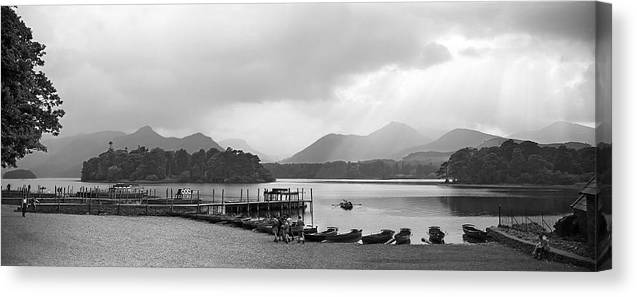 Derwent Water Canvas Print featuring the photograph Derwent Water In The Lake District Of England by David Murphy