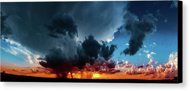 Sunsets Canvas Print featuring the photograph Midwest Sunset No.3 by Michael DeBlanc