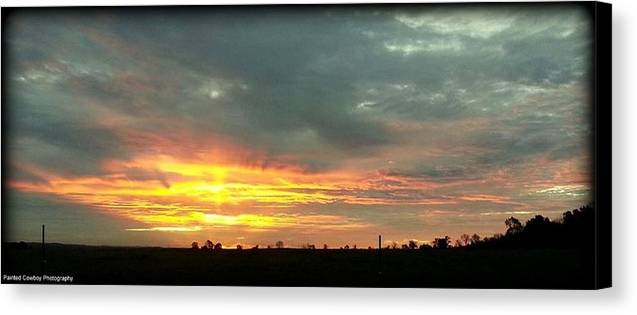 Sunrise Canvas Print featuring the photograph Kentucky Sunrise by Daniel Jakus