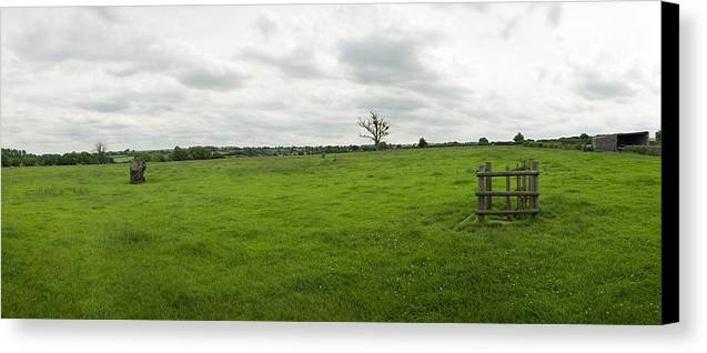 England Canvas Print featuring the photograph Druids Gate by Jan W Faul
