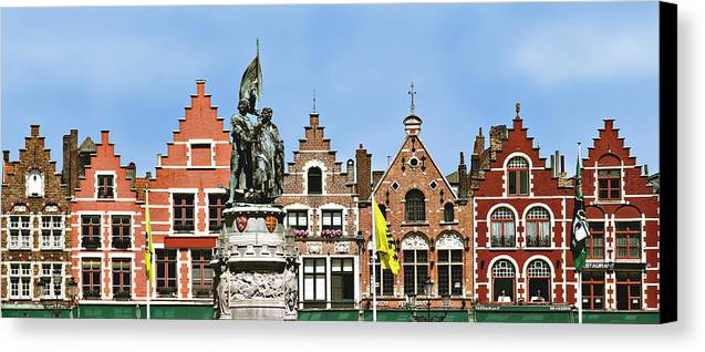 Bruge Canvas Print featuring the photograph Bruge by Julie Geiss