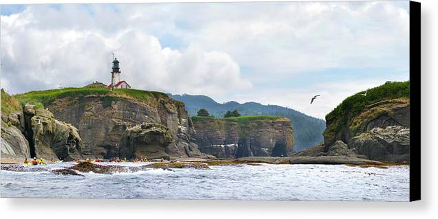 Adventure Canvas Print featuring the photograph Usa Washington State Sea Kayakers by Gary Luhm