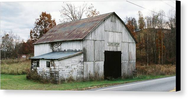 Barn Canvas Print featuring the photograph Barn At Clover Bottom by George Ferrell
