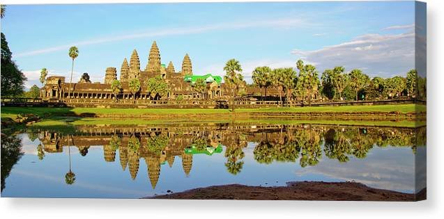 Tranquility Canvas Print featuring the photograph Angkor Wat by Photo By Ramón M. Covelo