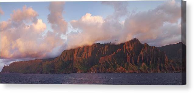 Hawaii Canvas Print featuring the photograph Hawaii by Heather Coen