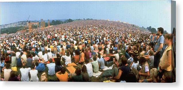 Timeincown Canvas Print featuring the photograph Wide-angle Pic Of Seated Crowd Listening by John Dominis