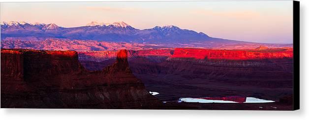 Moab Canvas Print featuring the photograph Utah Desert Sunset Panorama by Jonathan Gewirtz