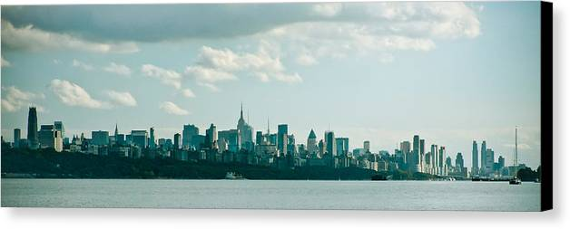 Landscape Canvas Print featuring the photograph Skyline From Gwb 2 by Arthur Sa