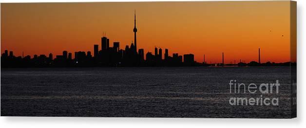 Toronto Canvas Print featuring the photograph Toronto Skyline by Joe Ng