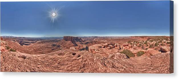 360 Canvas Print featuring the photograph Desert Heat by Juan Carlos Diaz Parra