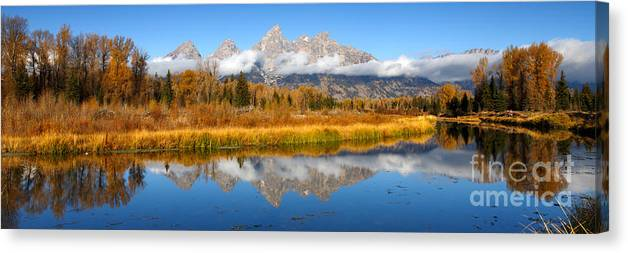 Americana Canvas Print featuring the photograph Autumns Calling Card by Beve Brown-Clark Photography