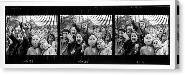 Timeincown Canvas Print featuring the photograph Composite Of Frames 33 34 & 35 Of by Alfred Eisenstaedt