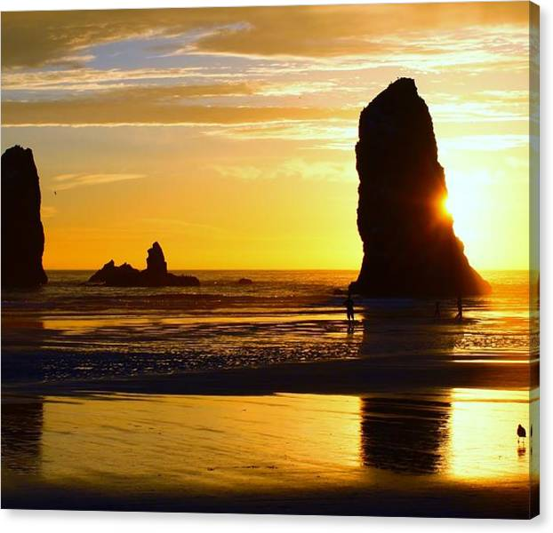 Limited Time Promotion: Beach Sunset 5 Stretched Canvas Print
