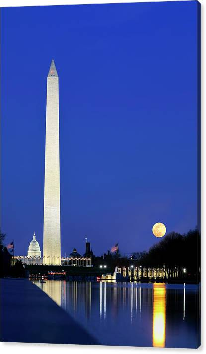 Limited Time Promotion: Washington Dc Stretched Canvas Print by Juergen Roth