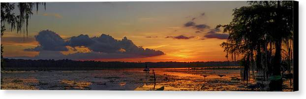 Orcinus Fotograffy Canvas Print featuring the photograph Just Like Fishin In Paradise by Kimo Fernandez