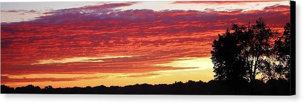 Sunset Canvas Print featuring the photograph Days End by Bruce Bley