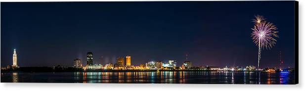 4th Canvas Print featuring the photograph Skyline Fireworks by Andy Crawford