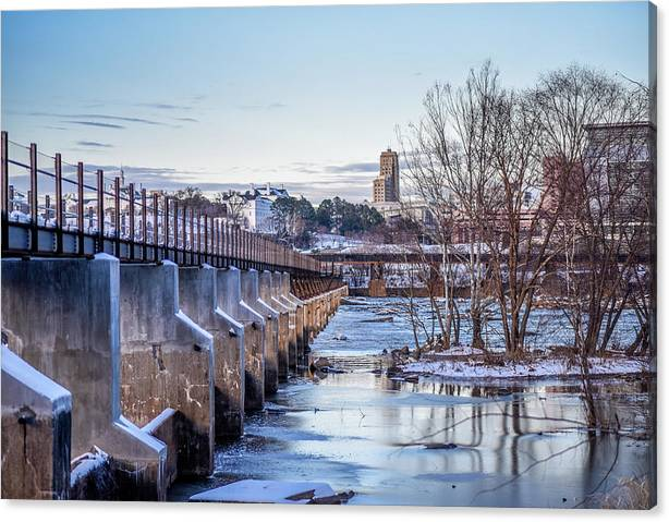 Rva Canvas Print featuring the photograph Frozen Memorial Bridge by Doug Ash
