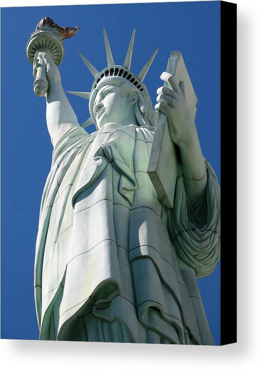 Statue Of Liberty Canvas Print featuring the photograph Statue Of Liberty by Susan Leonard