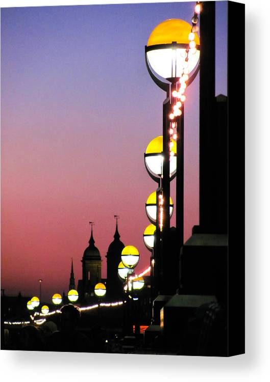The Queen's Walk Canvas Print featuring the photograph The Queen's Walk by Jaroslav Zapletal