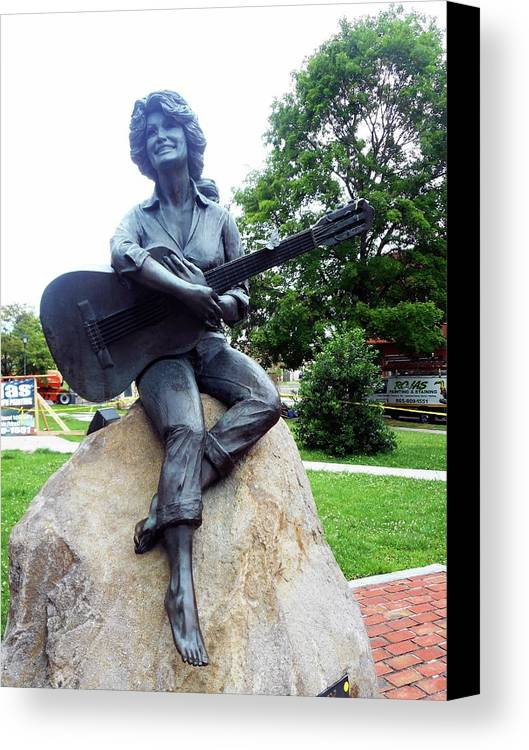 Sevierville Canvas Print featuring the photograph Dolly Pardon Statue 2 by Ron Kandt