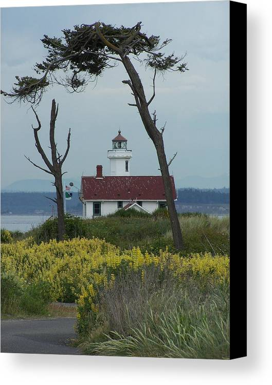 Light House Canvas Print featuring the photograph Ft. Warden Lighthouse by Gene Ritchhart