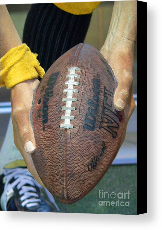 Football Canvas Print featuring the photograph Immaculate Reception by David Bearden