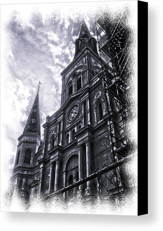New Orleans Canvas Print featuring the photograph Jackson Square Cathedral by Linda Kish