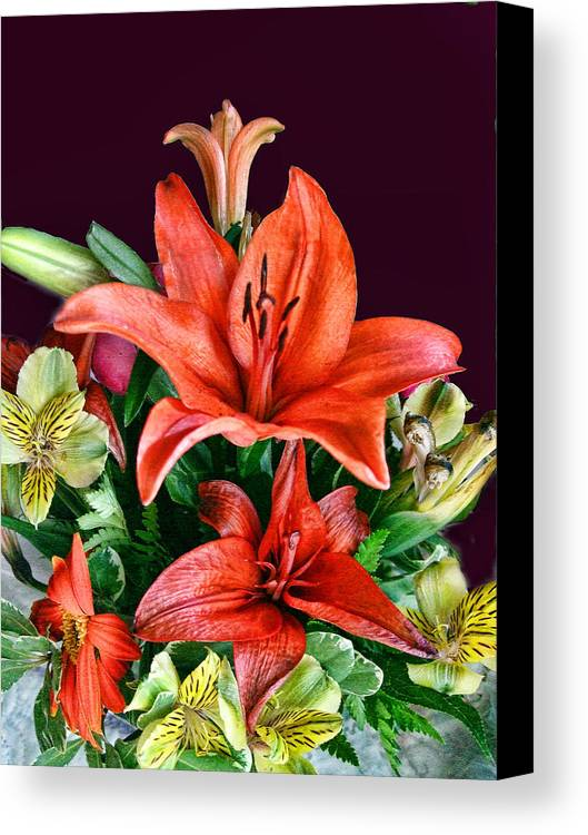 Bouquet Canvas Print featuring the photograph Red Day Lily Bouquet by Linda Phelps